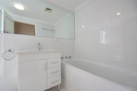 The Strand, Dee Why - Bathroom After - 2.jpg
