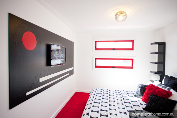 Grand Designs art house bedroom 2