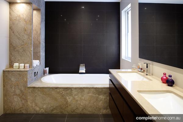 black bathrooms gasparre