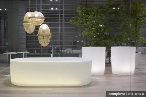 Oio bathtub bathroom design by Michel Boucquillon from Antonio Lupi