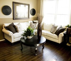 bigstock_Hard_wood_flooring_in_living_r_16224596
