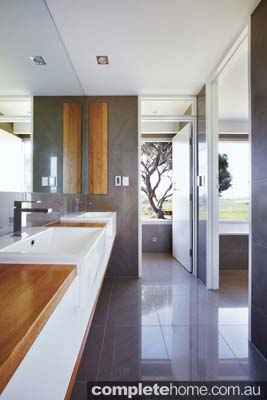 Grand designs australia barossa valley house completehome for Bathroom ideas 10x6