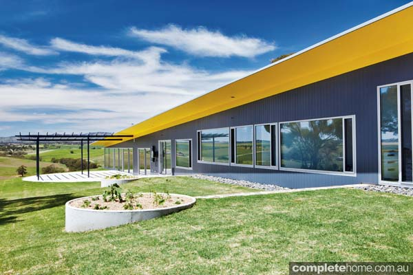 Grand designs australia barossa valley house completehome for Grand home designs