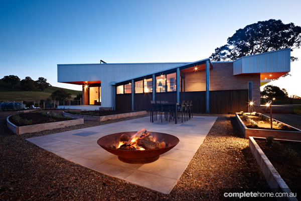 Grand designs australia mansfield house completehome for Grand design homes