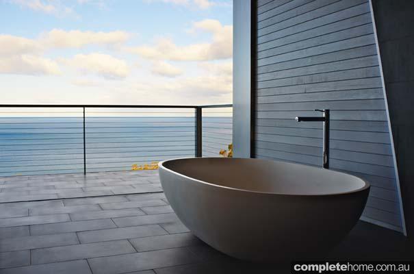 Alfresco outdoor bath