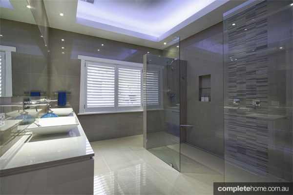 grey-bathrooms-urban-bathrooms5