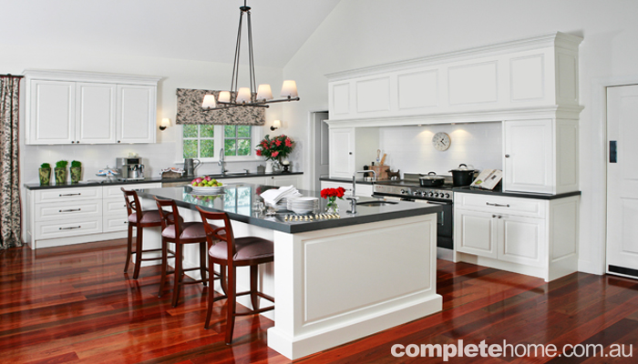 Remarkable kitchen built on a grand scale with elegant style to match. 700 x 400 · 202 kB · jpeg