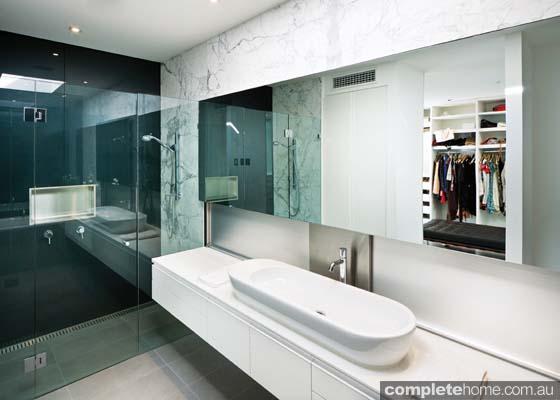 real-home-glamorous-facade-modern-interior5