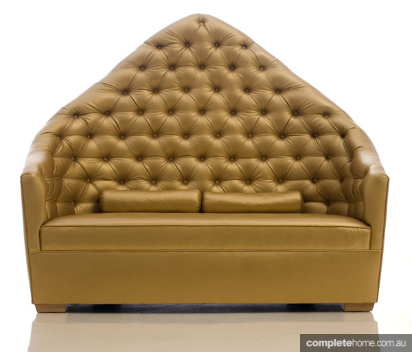 Statement sofas: Gold, Galaxus bench