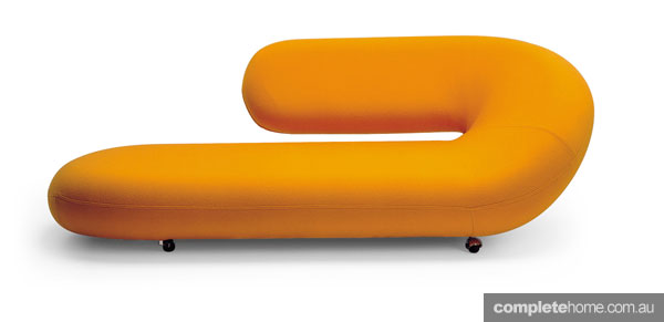 Statement sofas: Modern, orange sofa