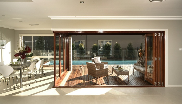 ceiling design ideas tips - Top 5 tips for creating a seamless indoor outdoor space